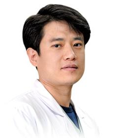 박지훈 치과 과장